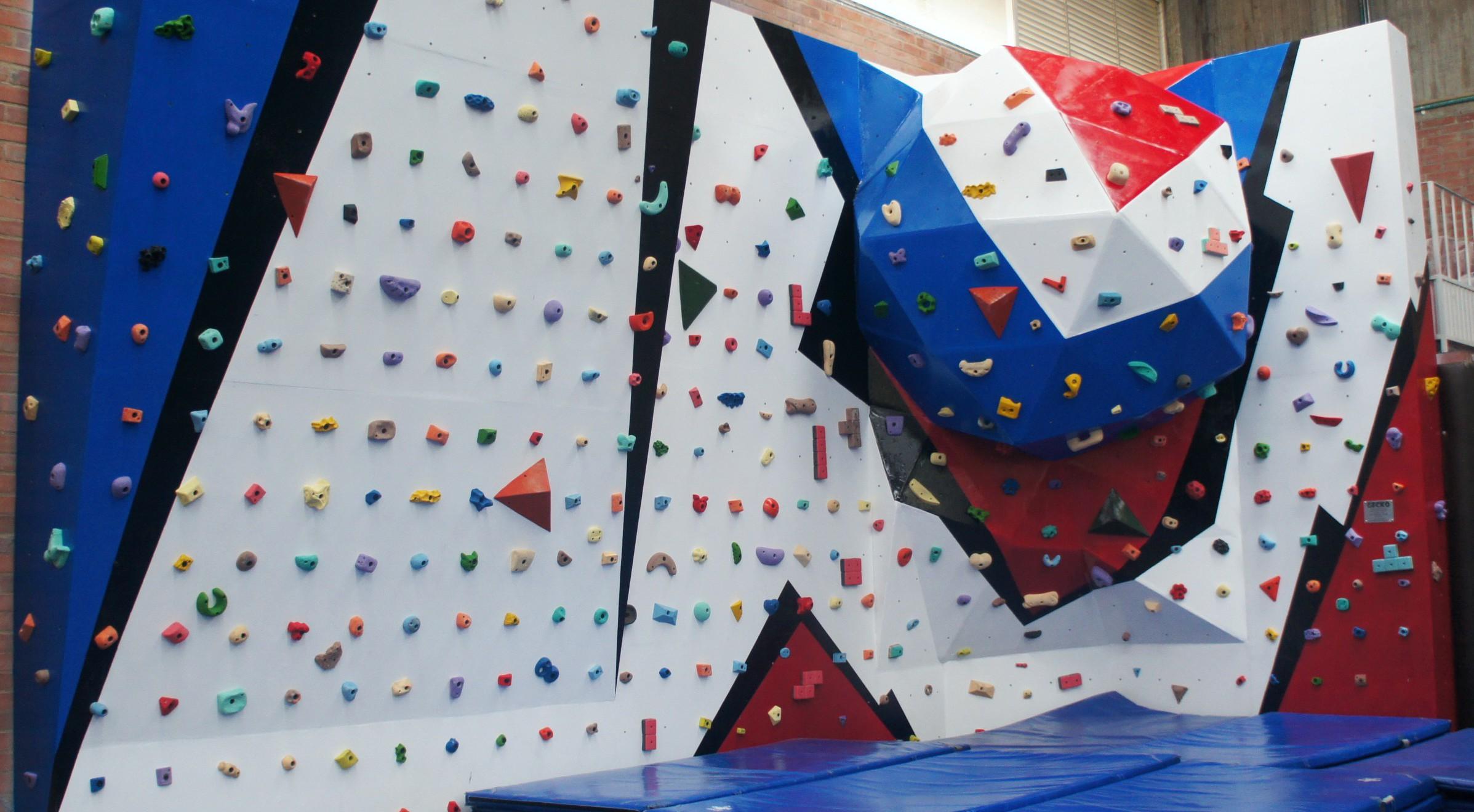fabricacion muros de escalada